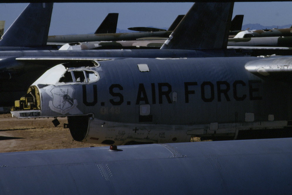 Sirreālā kapsēta - ASV tuksnesis, kur dodas 'nomirt' lidmašīnas