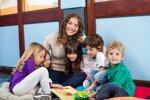 Рижская дума выделит 30 000 евро на поддержку молодых учителей