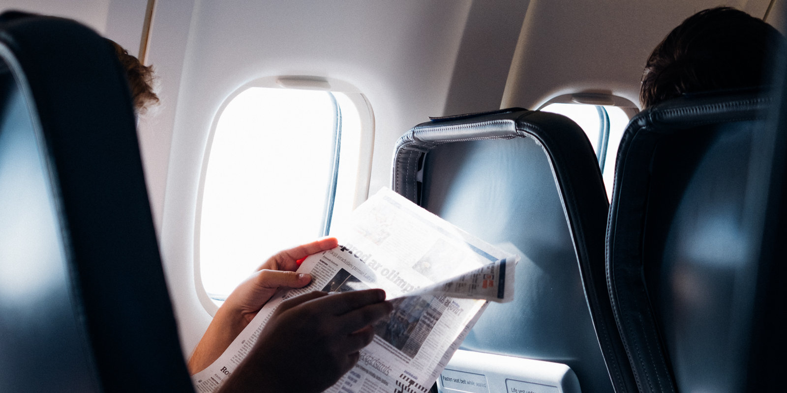Pēc stundas maksās divreiz dārgāk? Kas nosaka aviobiļešu cenas