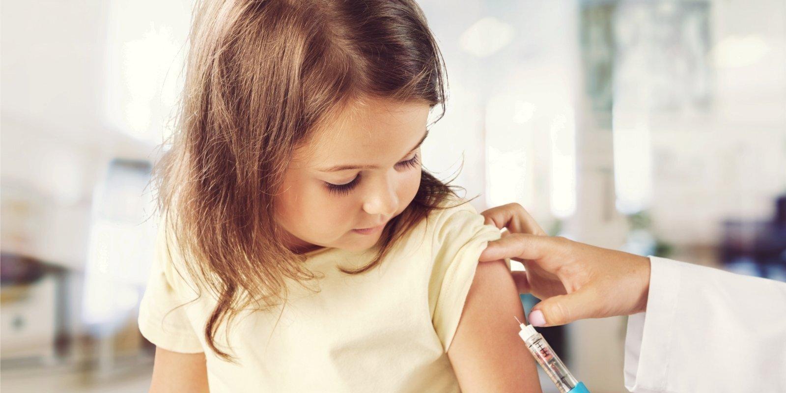 Прививка как страховой полис: в Латвии появилась новая вакцина от рака