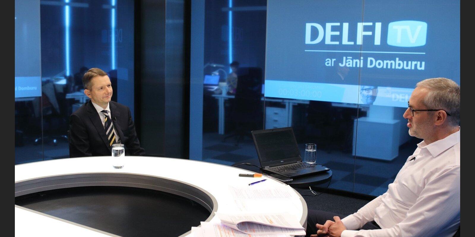 'Delfi TV ar Jāni Domburu' atbild FKTK priekšsēdētājs Pēters Putniņš. Sarunas teksts