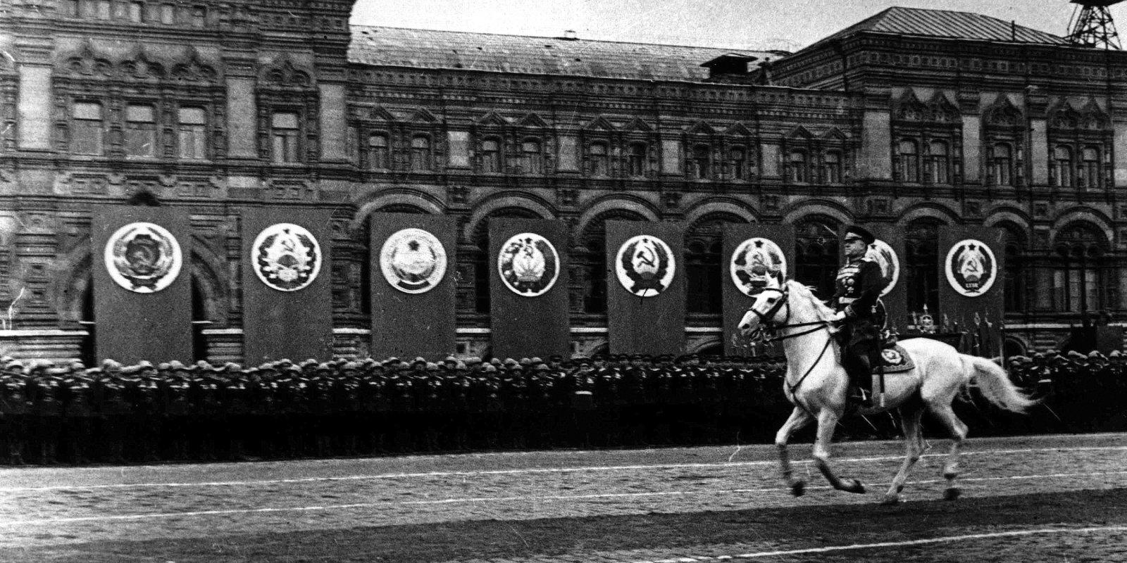 Kremļa ierobežošana: vēstule amerikāņiem par zaudēto draugu Krieviju