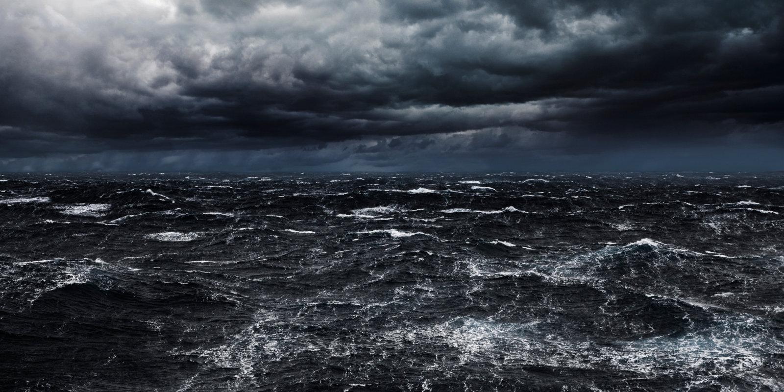 Drāma Baltijas jūrā – divas ģimenes iet bojā, cenšoties bēgt no Austrumvācijas
