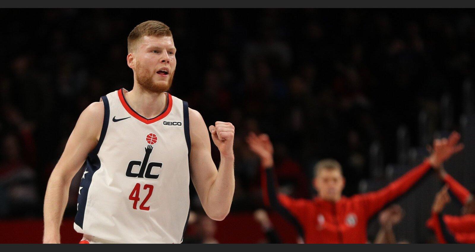 Bertāns pret Lauvu: bijušie NBA spēlētāja pārstāvji grib piedzīt vairākus miljonus