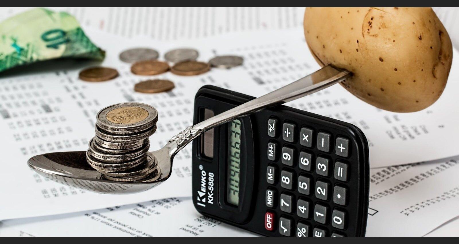 Tuvākajos mēnešos Latvijā var uzkavēties deflācija