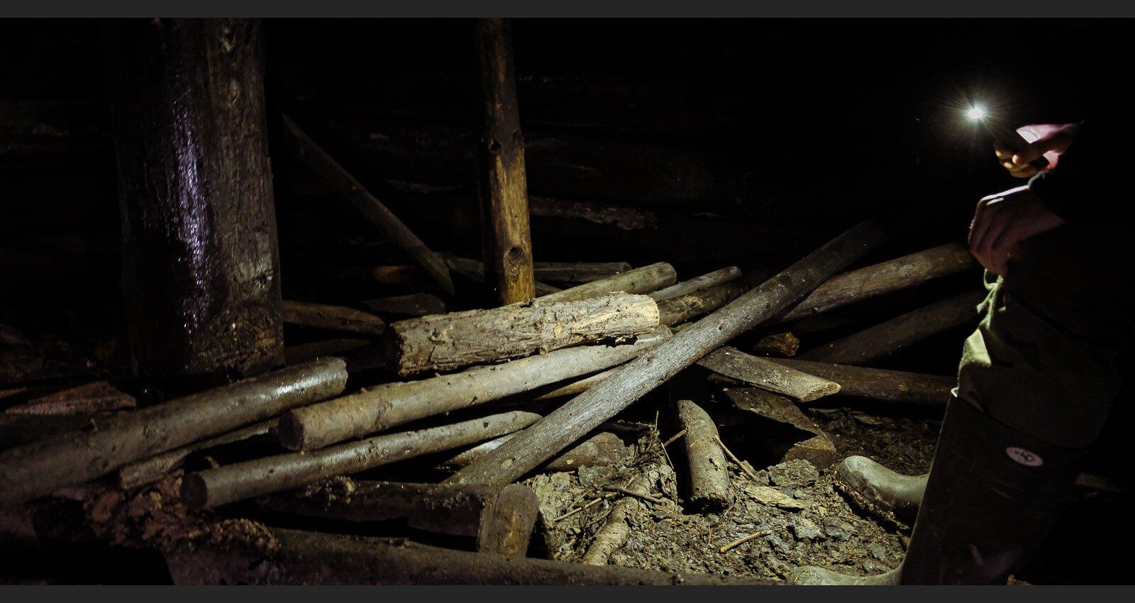 Foto: Kā izskatās vācu armijas bunkurs, kas Kurzemē neskarts saglabājies 76 gadus