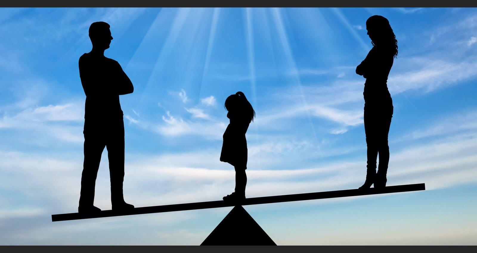 Bērnam trauma uz mūžu. Bāriņtiesas psiholoģe par seriālu cienīgām šķiršanās prāvām