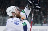 Komarovs pārceļas uz NHL