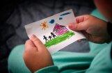 Kučinskis: jāpaātrina iespēja ģimenēm adoptēt bērnus