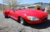 Foto: Izkropļots 60. gadu 'Jaguar E-Type' par 80 tūkstošiem dolāru
