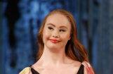 Ņujorkas modes nedēļā žilbina modele ar Dauna sindromu