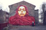 Mākslinieks meklē ēku fasādes jaunu lielformāta gleznojumu radīšanai