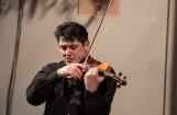 LNSO kamermūzikas ciklā satiksies vijolnieks Georgs Sarkisjans un japāņu pianists Keigo Mukava