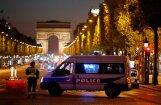 В центре Парижа неизвестный открыл огонь по полицейским