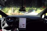 'Tesla' prezentējusi būtiski uzlaboto bezpilota sistēmu