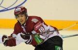 Miķelis Rēdlihs kļuvis par KHL rezultatīvāko piespēlētāju