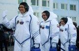 Foto: Japānis, krievs un amerikānis dodas uz Starptautisko kosmosa staciju