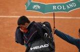Lietus dēļ nepabeidz 'French Open' finālu starp Džokoviču un Nadalu