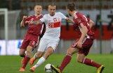 Latvijas futbolisti minimāli zaudē EURO 2012 mājiniecei Polijai