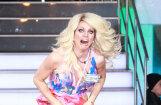 Transvestīts TV šovā piedzīvo visļaunāko stila misēkli
