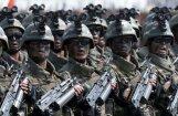 Foto: Kima Čenuna specvienība ar īpašām AK-74 spirālveida aptverēm