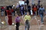 Министр Турции по делам ЕС призвал к пересмотру сделки по мигрантам