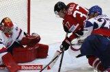 Kanādas hokejisti nosargā uzvaru mačā pret Slovākiju
