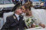 Ņiprais krievu večuks Krasko atklāj, kā dzīvo ar jauno līgaviņu