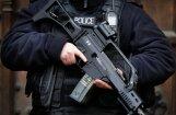 Неизвестный открыл огонь по полицейским на севере Парижа