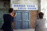 Отчет: 44% латвийцев зарабатывают до 450 евро в месяц, безработица — высшая в Балтии