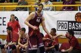 'Barons kvartāls' basketbolisti pēc diviem pagarinājumiem smagā cīņā uzvar 'Latvijas Universitāti'