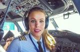 Pasaule sajūsmā par seksīgu un lunkanu zviedru piloti