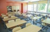 Deputāti atbalsta priekšlikumu uz gadu atlikt izglītības jaunā kompetenču satura ieviešanu