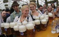 Foto: Vācijā atklāj alus dzīres 'Oktoberfest'