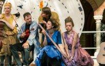 Izziņo bērnu un jauniešu teātra festivāla 'Eju meklēt!' programmu