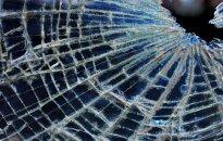 Traģiskā avārijā Jaunmārupē iet bojā sešus gadus vecs bērns; pieci cilvēki cietuši