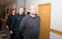 Tiesa apcietinājusi administratorus Sprūdu, Krūmu, Durevski un arī finansistu Raitumu (plkst. 20:11)