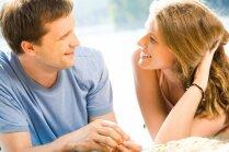 Почему с одной женщиной мужчина хочет быть, а от другой бежит