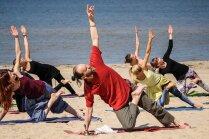 Jūrmalā atkal notiks bezmaksas jogas un cigun nodarbības brīvā dabā