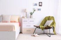 Dzīvespriecīga noskaņa guļamistabā – paņēmieni minimālām, bet efektīvām pārmaiņām