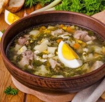 13 smeķīgu skābeņu zupīšu receptes kreptīgām vakariņām