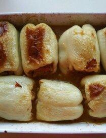 Ar dārzeņiem un kvinoju pildīti pipari