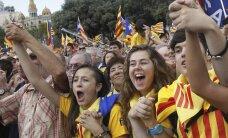 Kataloņi reģionālajās vēlēšanās balso par Spānijas nākotni