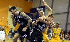 'VEF Rīga' basketbolisti uzvar 'Aldaris' LBL grandu pusfināla pirmajā duelī