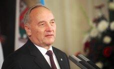 Государство обеспечит Берзиньшу охрану, секретаря и пенсию в размере 1571 евро
