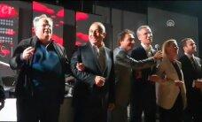 Video: NATO valstu ārlietu ministri sadodas rokās un dzied 'We Are the World'