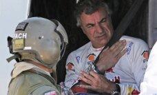 Peteransels turpina tuvoties līderim; Sainss avarē un izstājas no Dakaras rallija