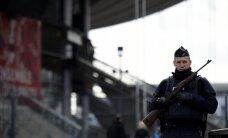 Par diviem mēnešiem pagarināts ārkārtas stāvoklis Francijā