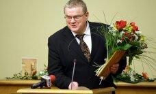 Maksātnespēju pieteikušā Ikšķiles novada vadītāja nākotne ir viņa vēlētāju ziņā, norāda Gerhards