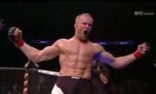 Latvijas cīkstonis Mihails Cirkunovs UFC debitē ar uzvaru